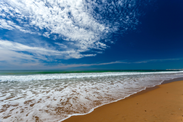 Фотообои море перьевые облака (sea-0000353)
