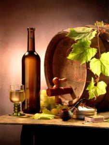 Фотообои с бокалом вина бочка с вином (still-life-0018)