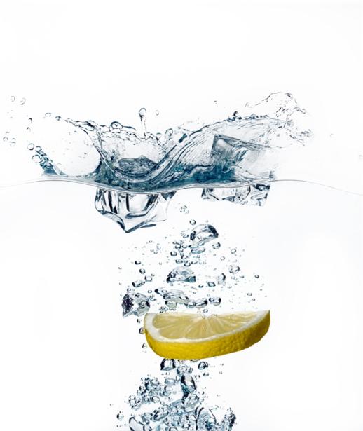 Фотообои в кухню лимон в воде (food-0000298)