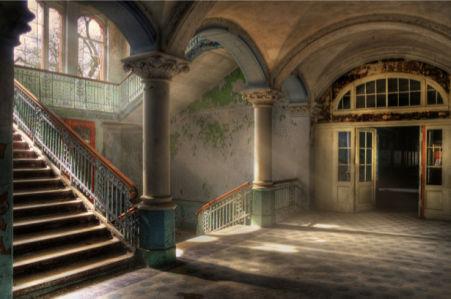 Фотообои зал старой усадьбы лестница (city-0000258)