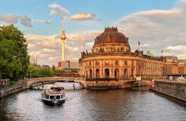 Фотообои Германия Европа река мостик (city-0000768)
