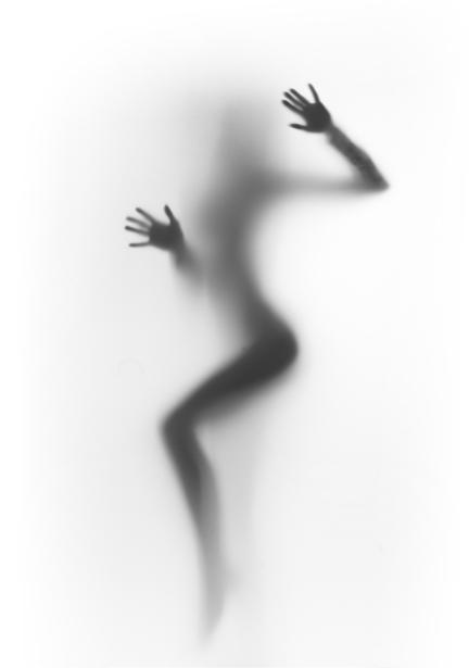 Фотообои девушка через ткань (glamour-0000174)