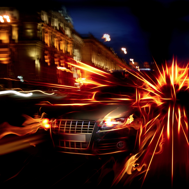 Фотообои авто audi в огнях вечернего города (transport-0000005)