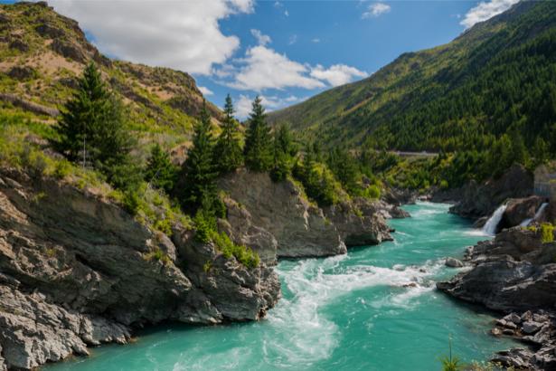 Фотообои горная река горы небо (nature-00561)