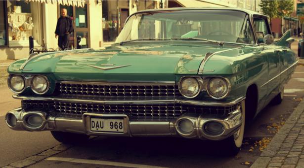Фотообои ретро авто в городе (transport-0000175)