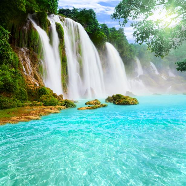 Фотообои прозрачная вода водопада (nature-0000704)