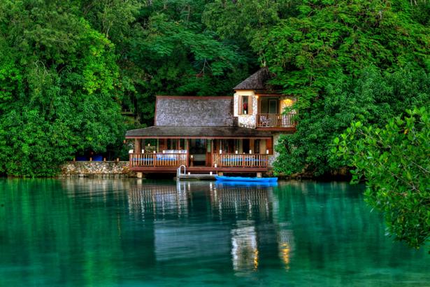 Фотообои дом на реке (nature-00558)