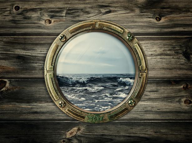 Фотообои иллюминатор в деревянном корабль (fantasy-0000047)