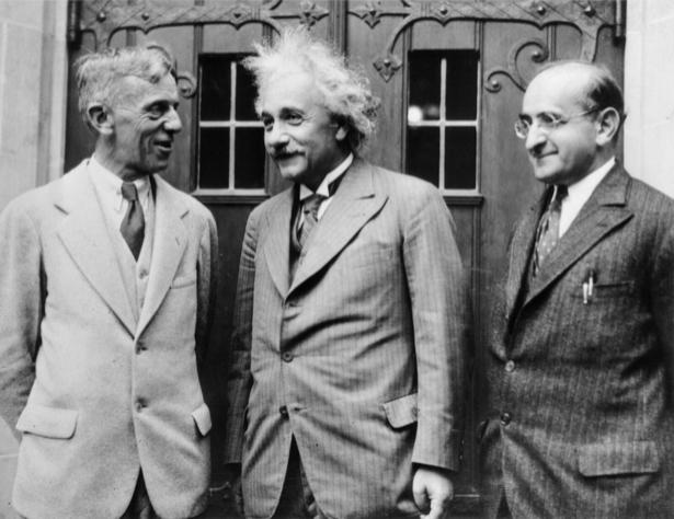 Альберт Энштейн, физик (retro-vintage-0000303)