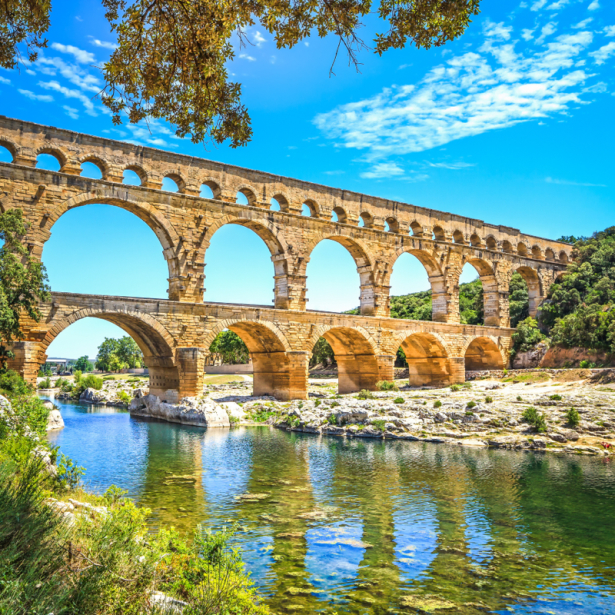 Фотообои акведук Пон-дю-Гар Франция (city-0001325)