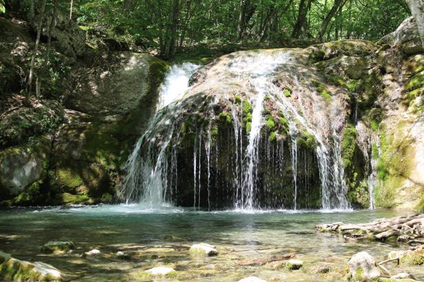 Фотообои водоем водопад (nature-00613)