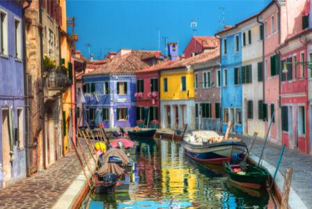 Фотообои цветные итальянские улочки (city-0001218)