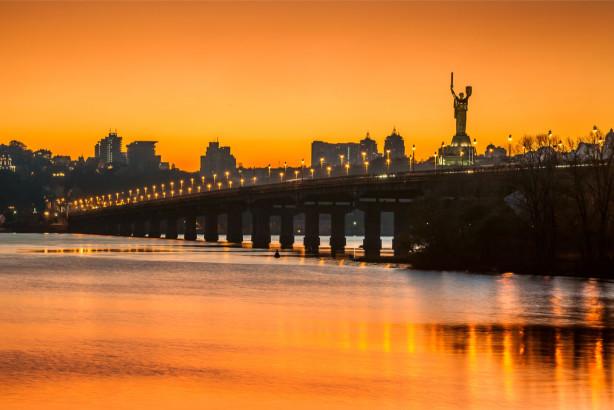 Фотообои закат над Киевом (ukr-31)