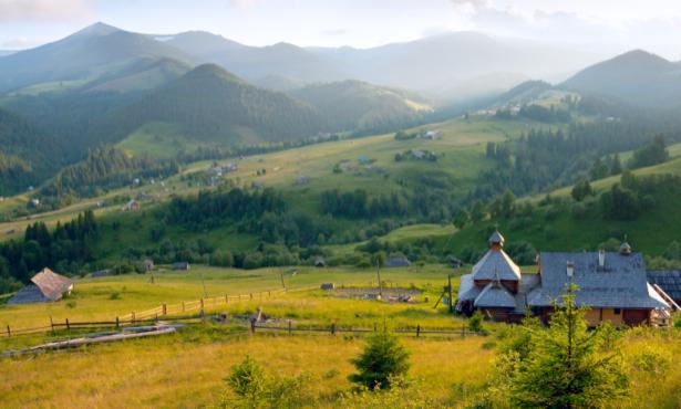 Фотообои украинский пейзаж (ukraine-0259)