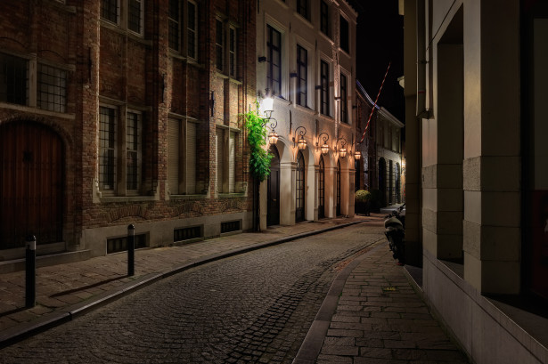 Фотообои узкие улицы Брюгге (city-0001413)