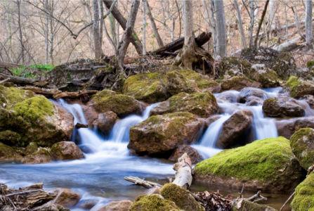 Фотообои с природой водопад в камнях (nature-00356)