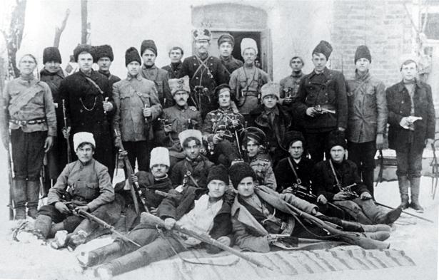 отряд армии Махно, возглавлявший атаман Щусь, фото 1918 (ukraine-0131)