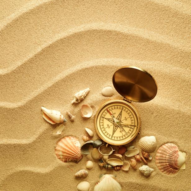 Фотообои песок компас ракушки (underwater-world-00087)
