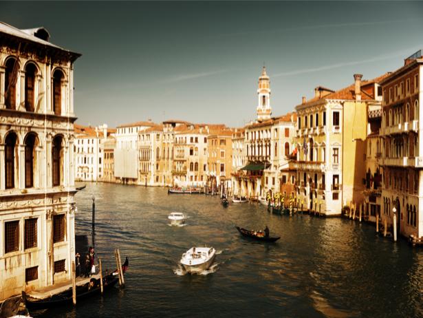 Фотообои канал в Венеции Италия (city-0000417)
