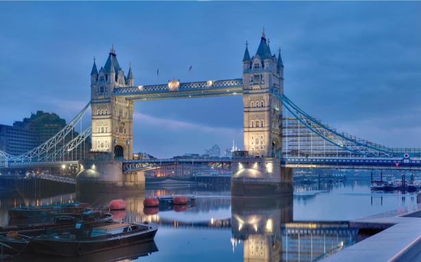 Фотообои река Темза Англия (city-0001036)