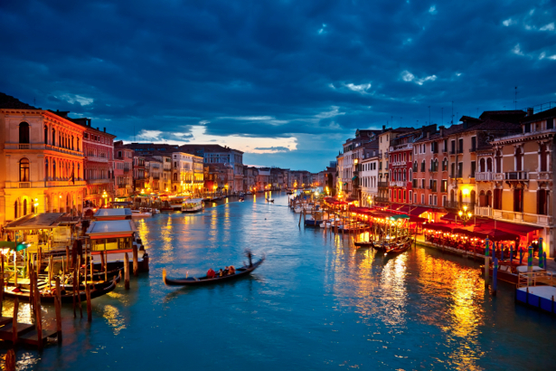 Фотообои канал в Венеции, Венеция, Италия (city-0000338)