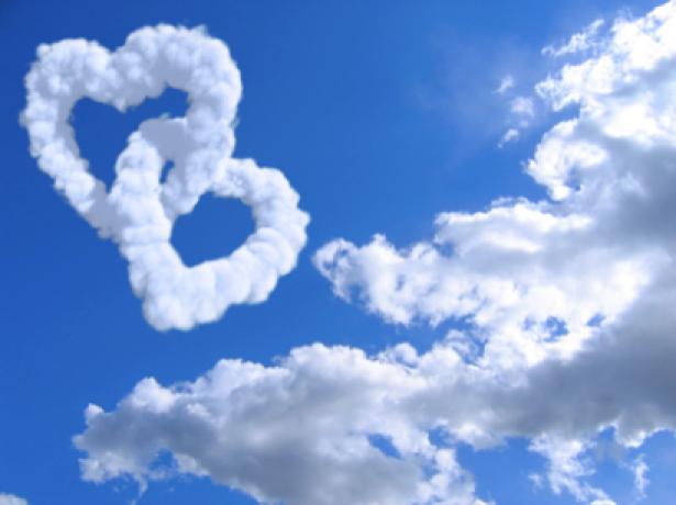 Фотообои небо с сердечком облаками (sky-0000044)