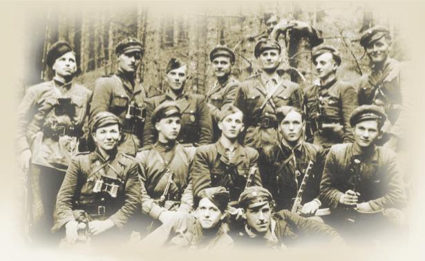Воины УПА  Волынь, 1943 г (ukraine-0051)