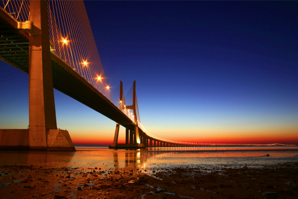 Фотообои Мост Васко да Гама (city-0000309)