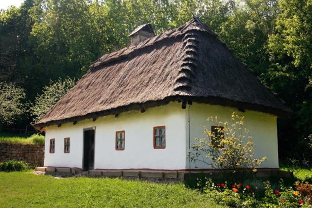 Фотообои виды Украины - хата (ukraine-0258)