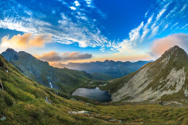 Фотообои горный пейзаж фото (nature-0000796)