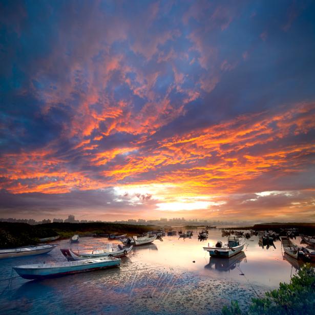 Фотообои река лодки на закате (nature-00594)