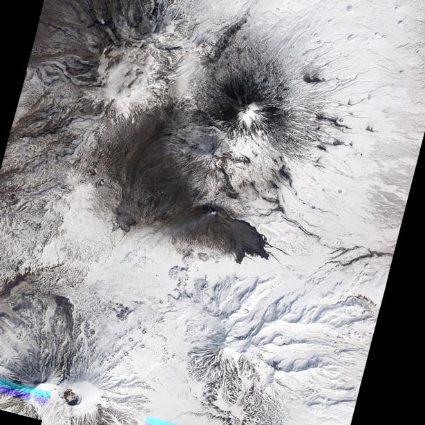 Фотообои 3д вулканы и снег (terra-00036)