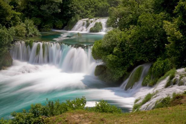 Фотообои природа горный водопад фото (nature-00379)