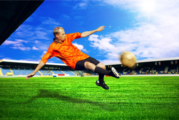 Фотообои футболист в ударе (sport-0000044)