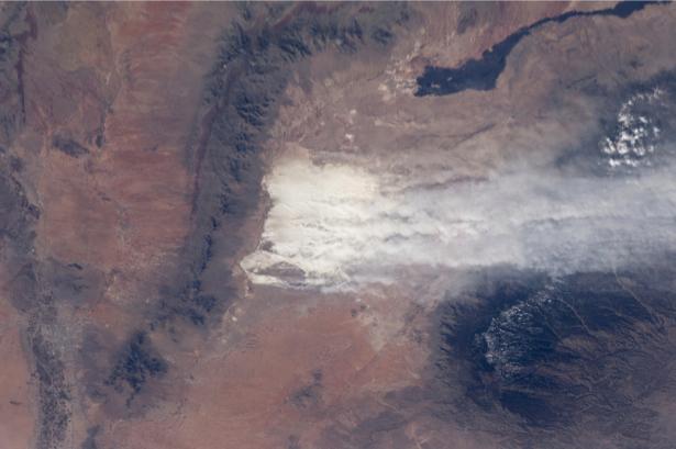 Фотообои на стену облака и горы (terra-00165)