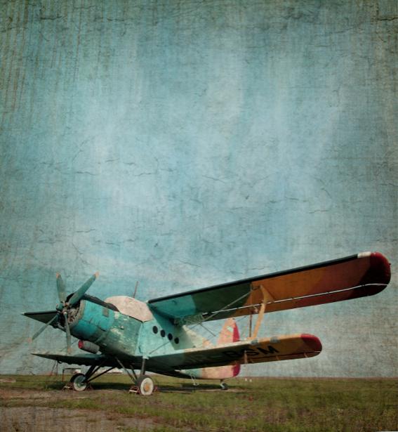 Фотообои старый двухкрылый самолёт (transport-0000079)
