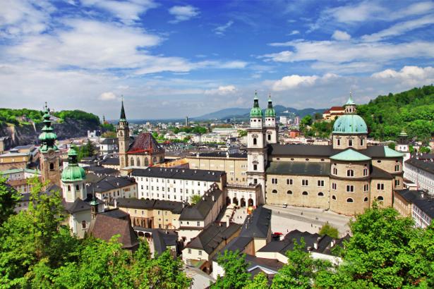 Фотообои горная австрия (city-0001055)