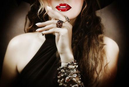 Фотообои девушка в в шляпе (glamour-300)