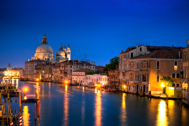 Фотообои канал в Венеции, Венеция, Италия (city-0000035)