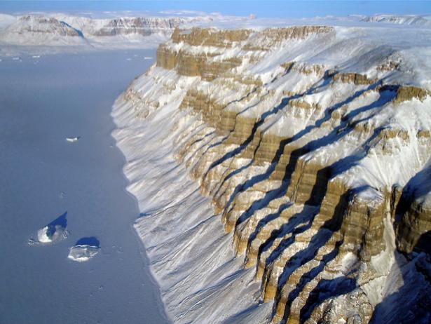 Фотообои с природой горные териконы фото (terra-00079)