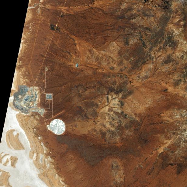 Фотообои на заказ рыжие хребты (terra-00147)