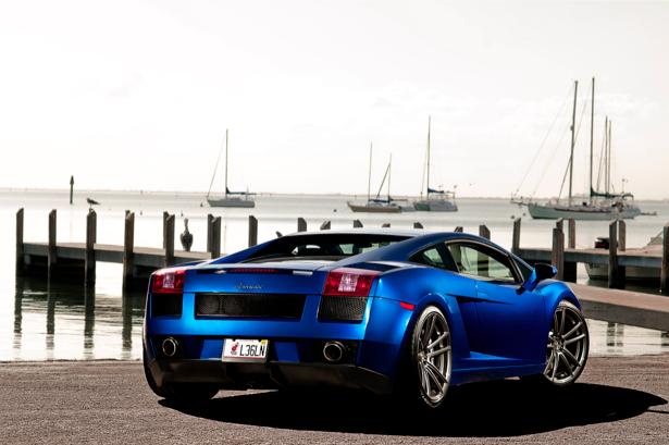 Фотообои Lamborghini Gallardo (transport-0000124)