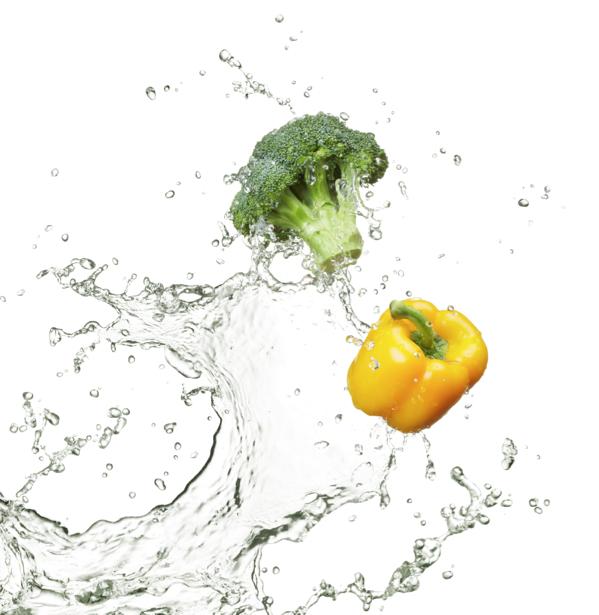 Фотообои для кухни овощи в воде (food-0000095)