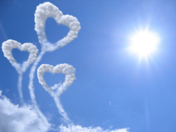 Фотообои сердечко из облаков небо (sky-0000048)
