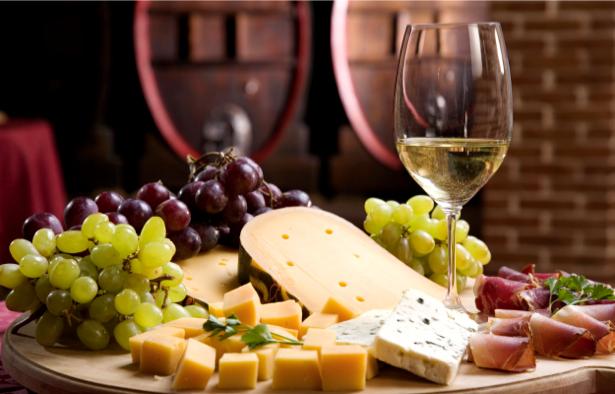 Фотообои виноградная сыр вино (still-life-0029)