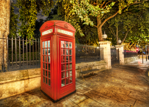 Фотообои Англия, Лондон, телефонная будка (city-0000509)