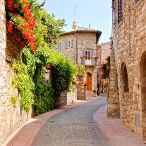 Фотообои Ассизи Италия улочка (city-0001364)