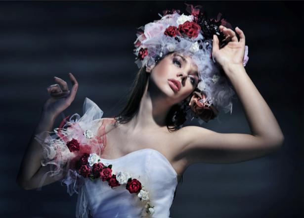 Фотообои томление в белом платье (glamour-0000076)