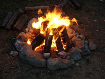 Фотообои пламя костра на природе (fantasy-0000096)