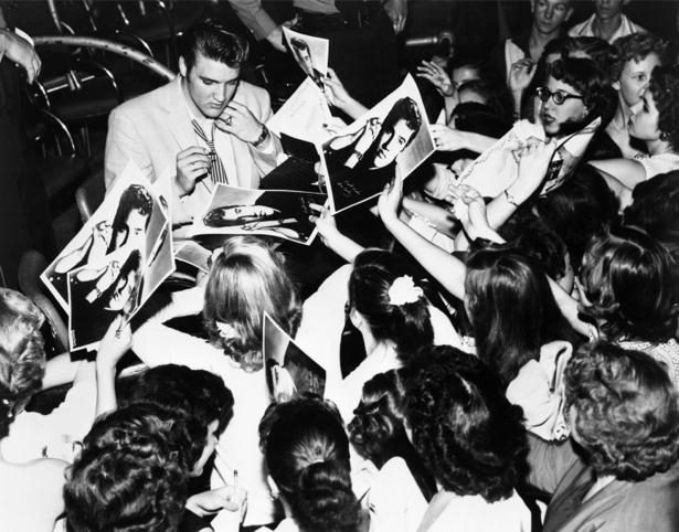 Фотообои Элвис Пресли и ... (retro-vintage-0000221)